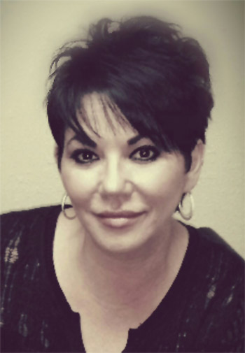 how to become a permanent makeup instructor